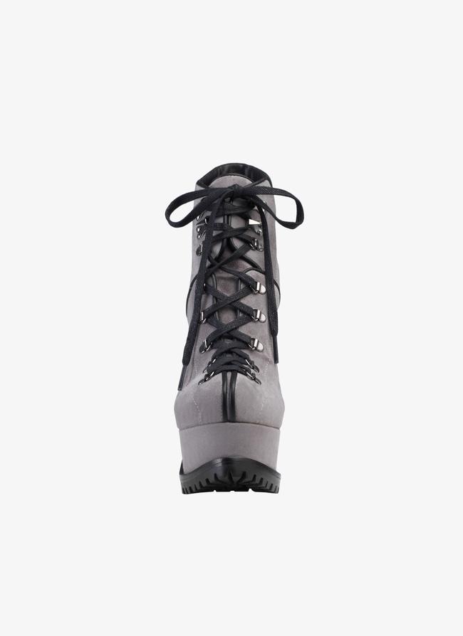 Trekking boots - maison-alaia.com